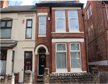 2 bedroom end of terrace house to rent Radford