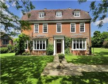 6 bed detached house to rent Chart Sutton