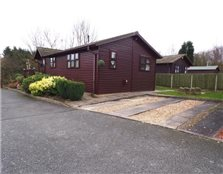 2 bed mobile/park home for sale Wood End