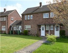 3 bed semi-detached house to rent Wootton