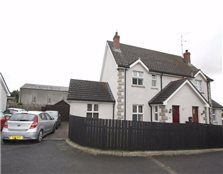 3 bed semi-detached house for sale Clough