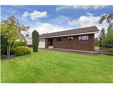 4 bedroom bungalow  for sale Ladywell