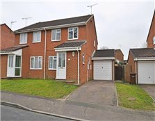 3 bed semi-detached house to rent Park Wood