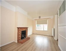 3 bedroom semi-detached house to rent Park Wood