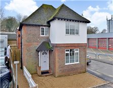 3 bedroom detached house  for sale Haslemere
