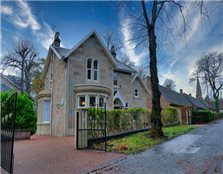 5 bed detached house for sale Crosshill