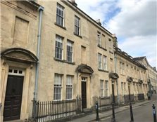 4 bedroom terraced house to rent Kingsmead