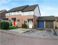2 bedroom semi-detached house to rent Culverhouse Cross