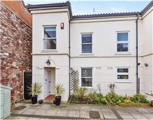 4 bedroom mews house for sale Victoria Park