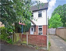 2 bed end terrace house to rent Park Wood