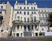 3 bedroom apartment  for sale Folkestone