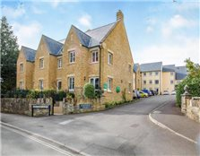 2 bedroom apartment  for sale Sherborne