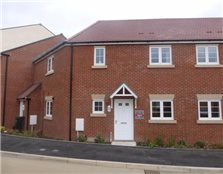 2 bedroom ground floor flat to rent Little Lyde