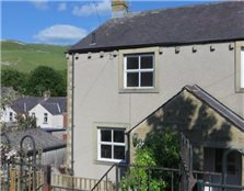 2 bedroom semi-detached house to rent Settle