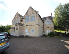 2 bed flat to rent Lyncombe Hill