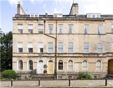 4 bed flat to rent Bath