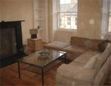 2 bedroom flat to rent Broughton