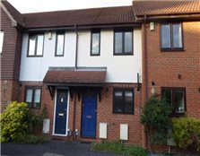 2 bed terraced house to rent Highway