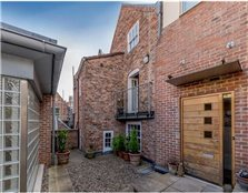 4 bedroom town house for sale York