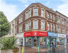 3 bed flat for sale Southville