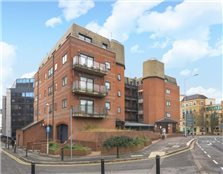 2 bed flat for sale The Mount