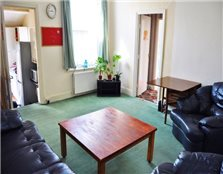 4 bed flat to rent Spital Tongues