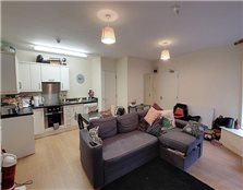 2 bed flat to rent Bear Flat