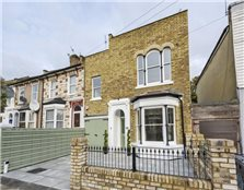 4 bed end terrace house for sale