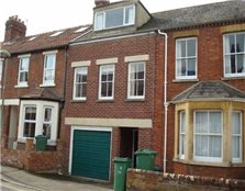 4 bed property to rent New Botley