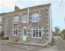 2 bed flat for sale St Newlyn East