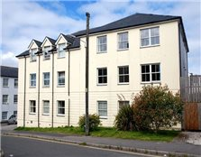 2 bed flat to rent St Austell