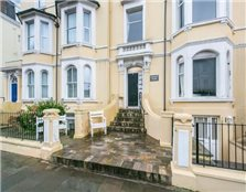 2 bed flat for sale Llandudno