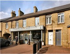 4 bedroom flat to rent Romsey Town