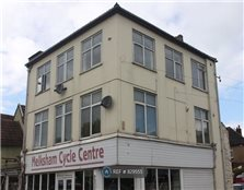 2 bed flat to rent Melksham