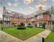 2 bed flat for sale Emmer Green