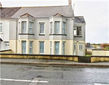 2 bed flat for sale St Columb Road