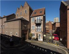 3 bedroom town house  for sale York