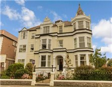 2 bedroom property  for sale Llandudno