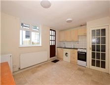 1 bed end terrace house for sale South Woodford