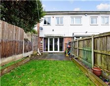 3 bed terraced house for sale South Woodford